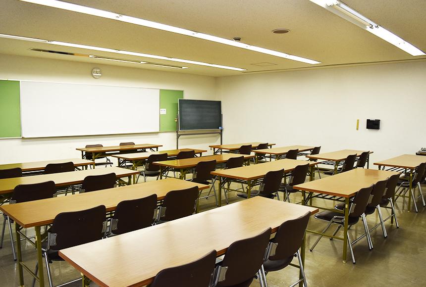 姫路市 勤労市民会館 : 第4会議室 : Image Gallery01