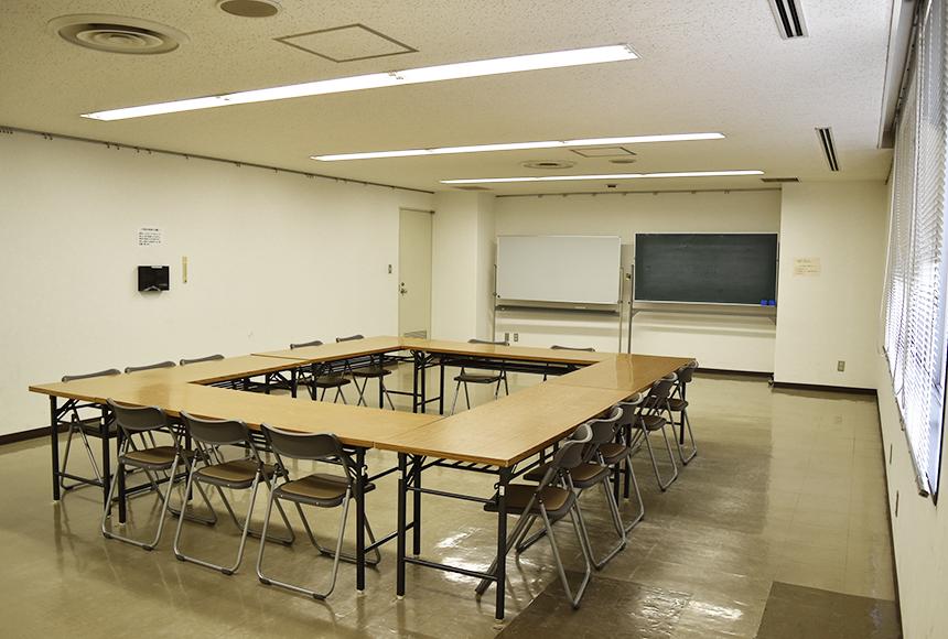 姫路市 勤労市民会館 : 第5会議室